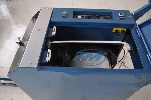 Máy đai thùng bán tự động DBA-130A