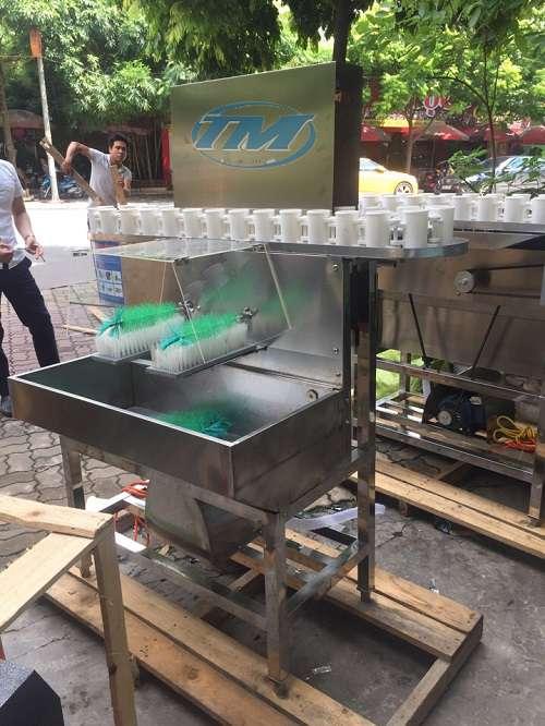 Máy rửa chai XDA-30 (có 2 đầu chổi rửa)