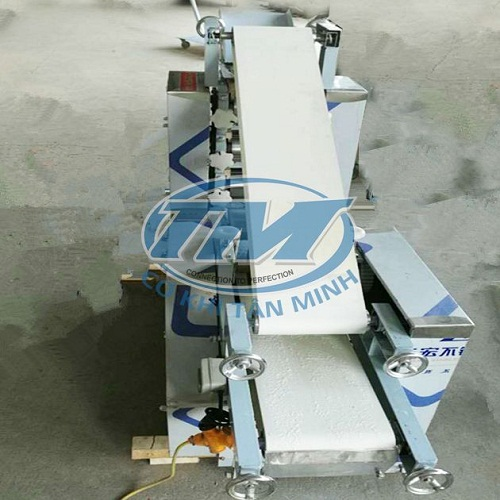 Máy cán và cắt bột định hình (30-40kg/h) (TMTP-LB29)