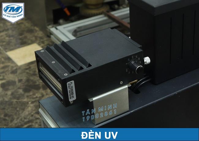 Đèn UV (cắt riêng)